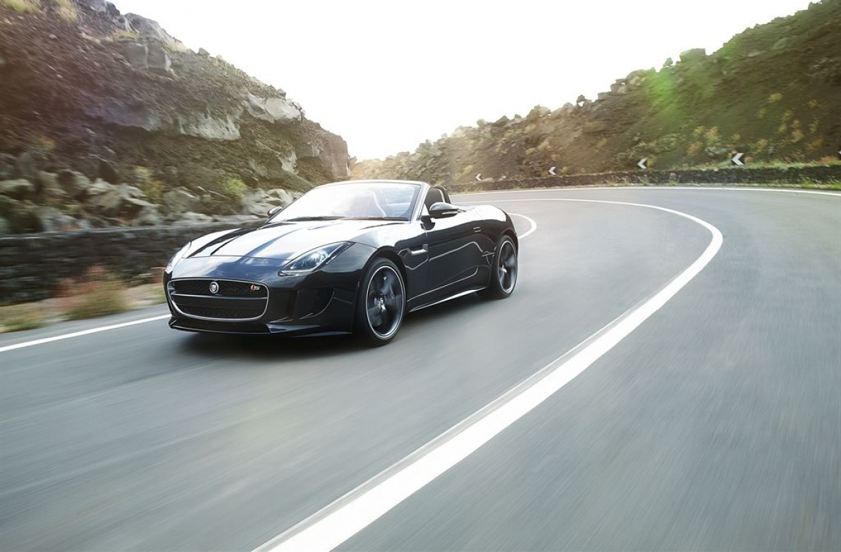 2014 Jaguar F-Type V8S