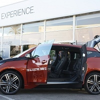 Orange 2014 BMW i3 Open Doors