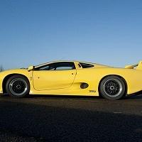 Yellow Jaguar XJ220 Side TWR