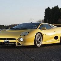 Yellow Jaguar XJ220 TWR