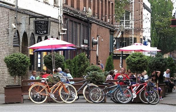 Portland-street-scene-in-Portland-Double-Barrelled-Travel