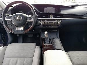 Blue 2016 Lexus ES Interior