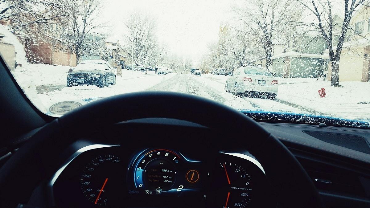 corvette_snow_interior