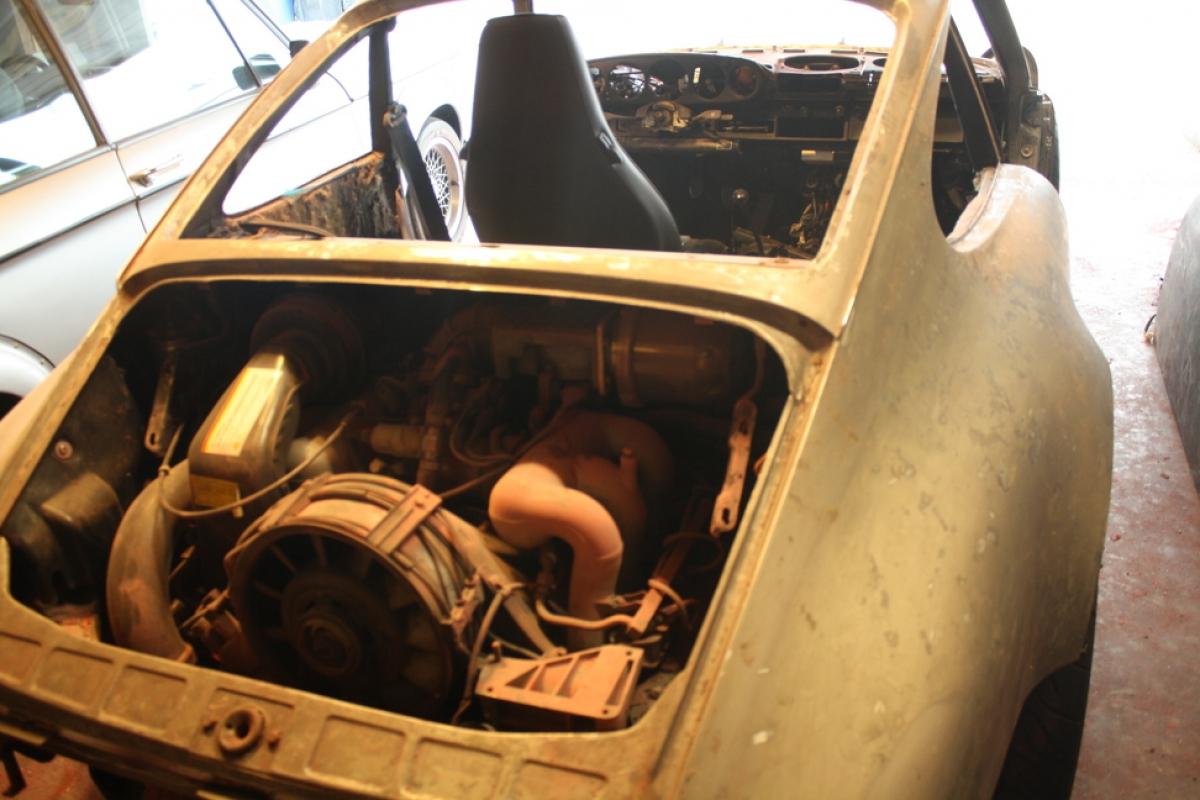 Porsche backdate stripped paint rear