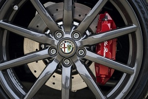 red 2016 alfa romeo 4c spider wheel brake