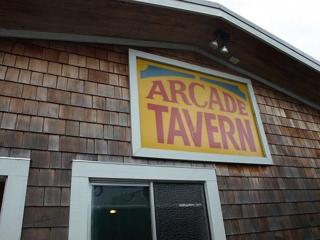 Arcade Tavern, Banon