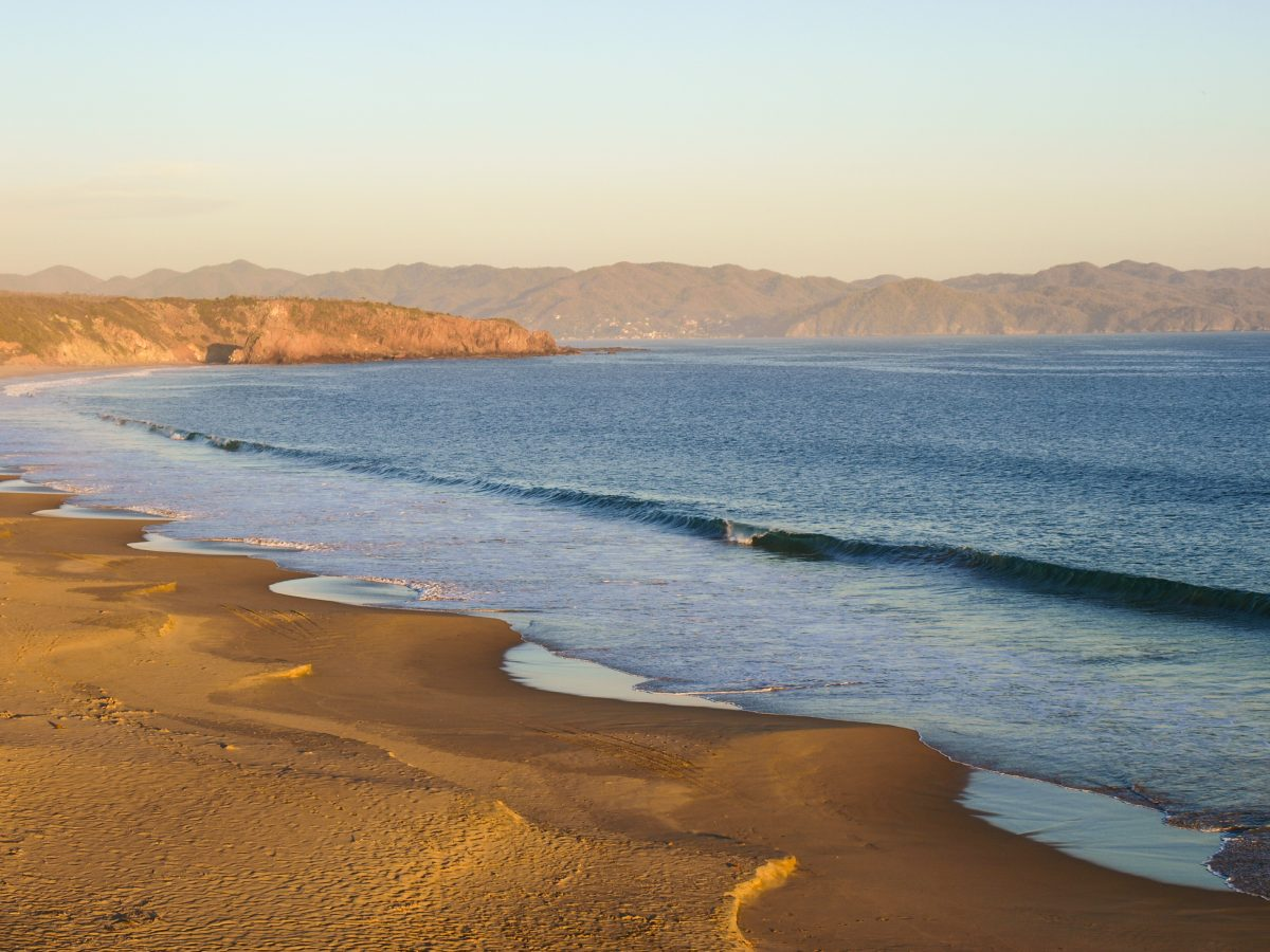Exploring Mexico's Pacific Coast: Best Beach Towns