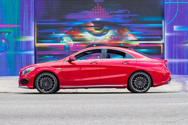 Mercedes CLA AMG Los Angeles Street Art