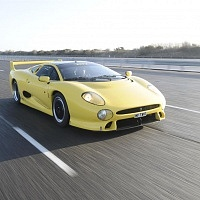 Yellow Jaguar XJ220 Front TWR
