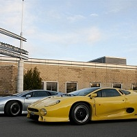 Two Jaguar XJ220s