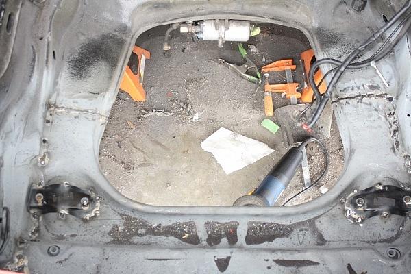 Porsche Backdate Project Front Suspension Pan Repair