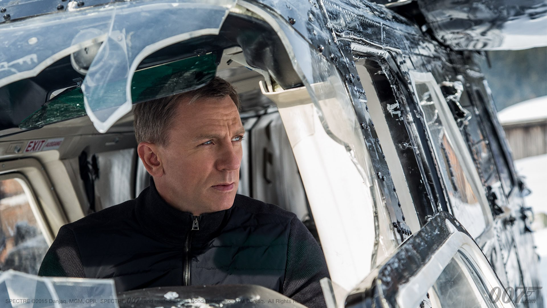 daniel craig is messing with you